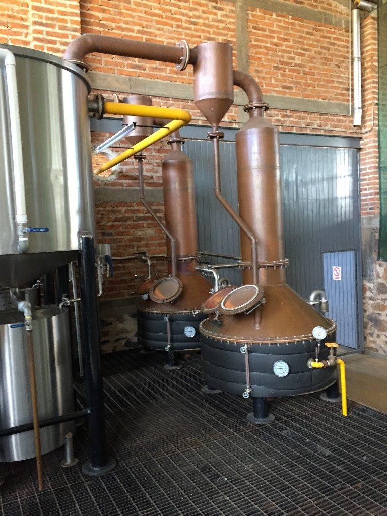 doppelten Destillation in Kupferstills