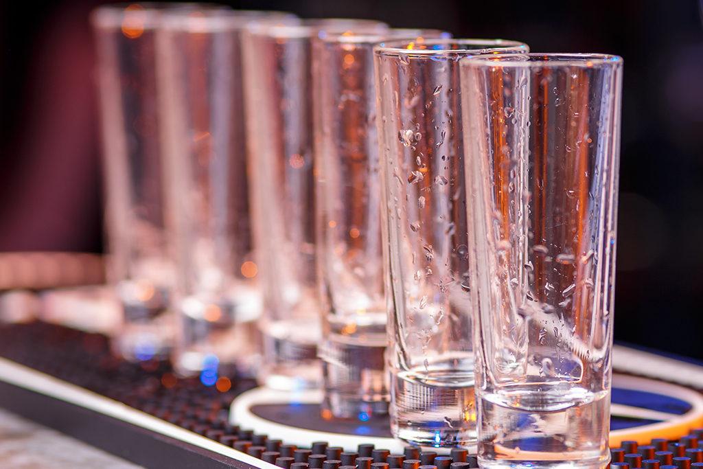 """Sogenannte """"Shotgläser"""" - damit wird ein Grossteil der Tequila-Produktion vernichtet."""