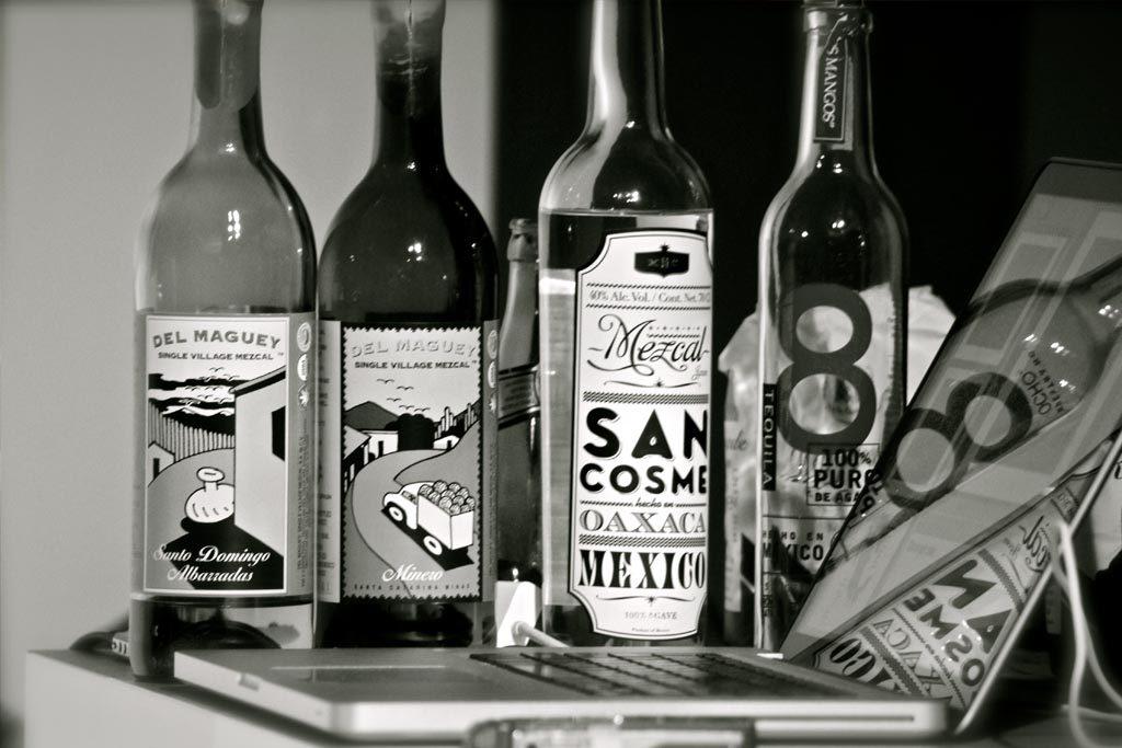 Der San Cosme Mezcal - in Premium-Gesellschaft mit 2 Mezcals von Del Maguey und dem Tequila Blanco von Ocho.