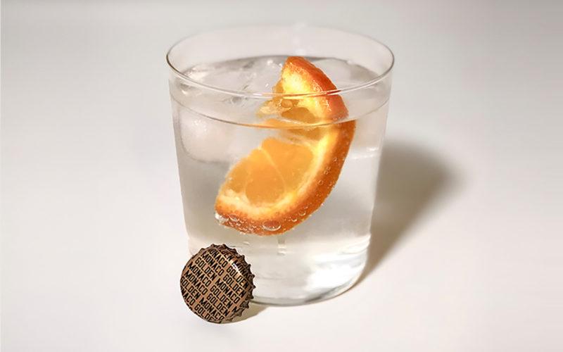 Mezcal Local und Aqua Monaco Golden Tonic Water Longdrink